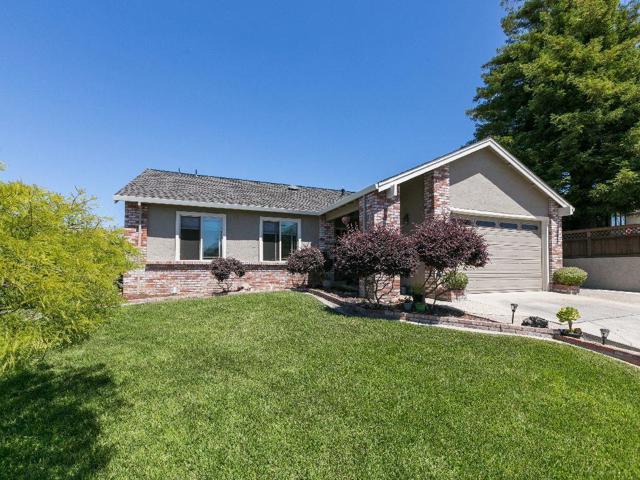 288 Briarwood Drive, Watsonville, CA 95076