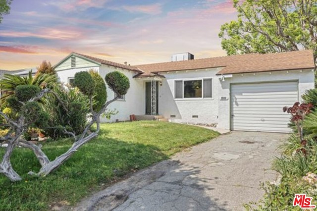 3211 W Jeffries Avenue, Burbank, CA 91505