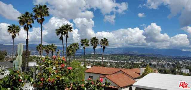2566 IVANHOE Drive, Los Angeles, CA 90039