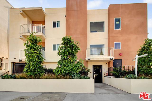 12132 HART Street 203, North Hollywood, CA 91605