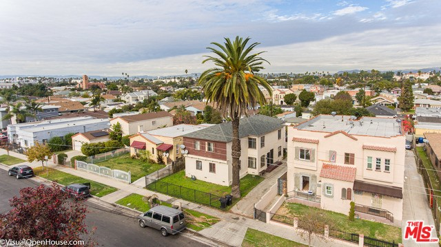 1759 W 35TH Place, Los Angeles, CA 90018
