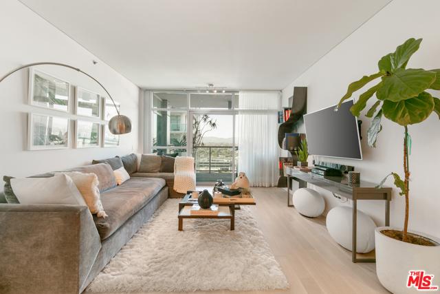 13650 Marina Pointe, Marina del Rey, California 90292, 2 Bedrooms Bedrooms, ,2 BathroomsBathrooms,Condominium,For Lease,Marina Pointe,21715088