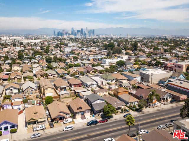 153 W Vernon Avenue, Los Angeles, CA 90037