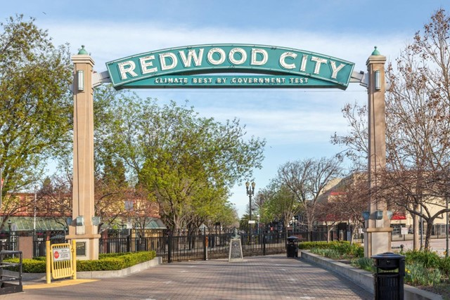 22. 1176 Eighteenth Avenue Redwood City, CA 94063