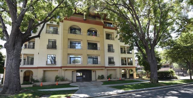 742 Locust Street 402, Pasadena, CA 91101