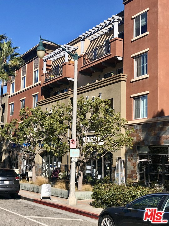 6020 Seabluff Dr, Playa Vista, CA 90094 Photo 0