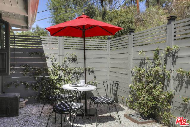 4. 4901 Escobedo Drive Woodland Hills, CA 91364