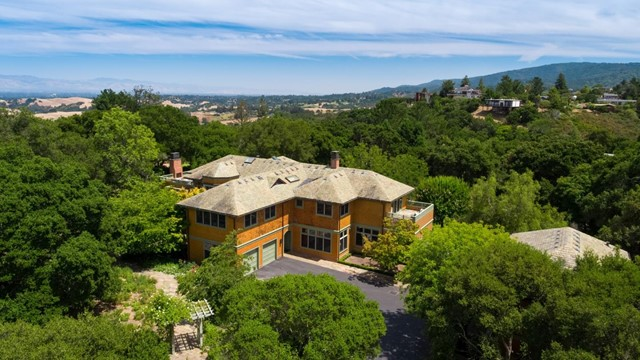 447 Westridge Drive, Portola Valley, CA 94028