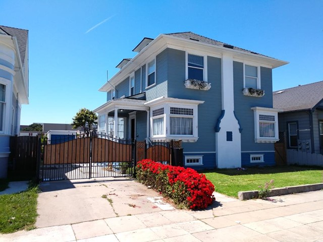 147 Central Avenue, Salinas, CA 93901