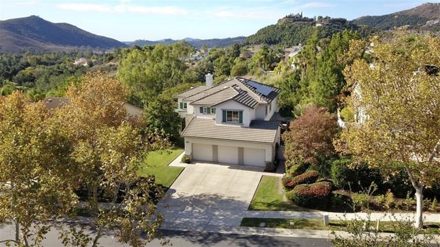 2313 Old Ranch Rd, Escondido, CA 92027
