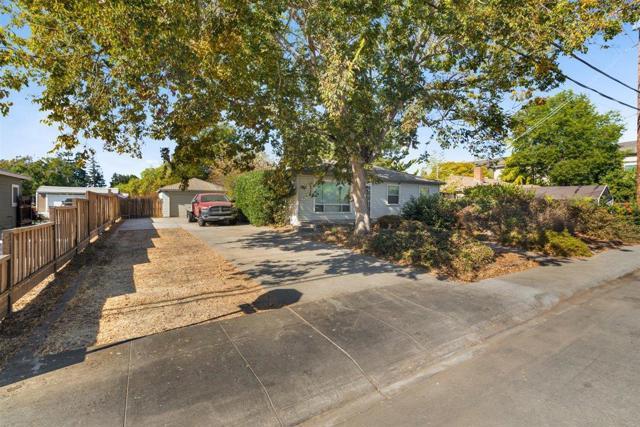 Image 4 of 945 Thornton Way, San Jose, CA 95128