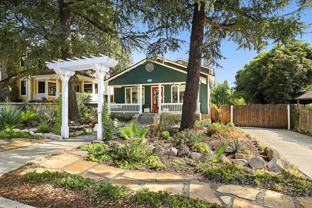 334 N Grove Street, Sierra Madre, CA 91024