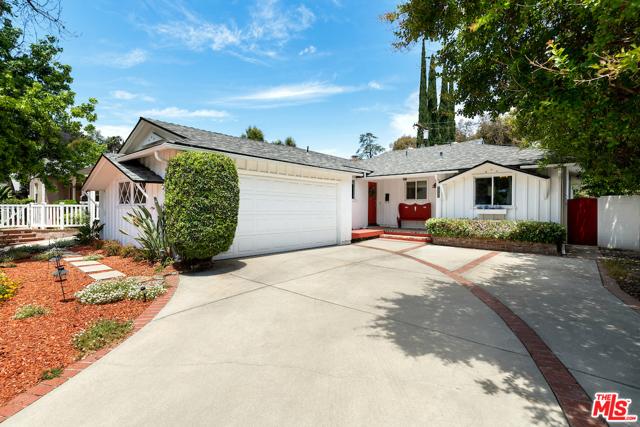 2. 22121 Dumetz Road Woodland Hills, CA 91364