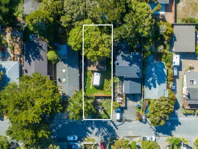 1327 Lawton Avenue, Pacific Grove, CA 93950