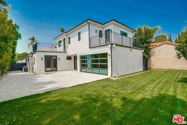 430 N Highland Avenue, Los Angeles, CA 90036