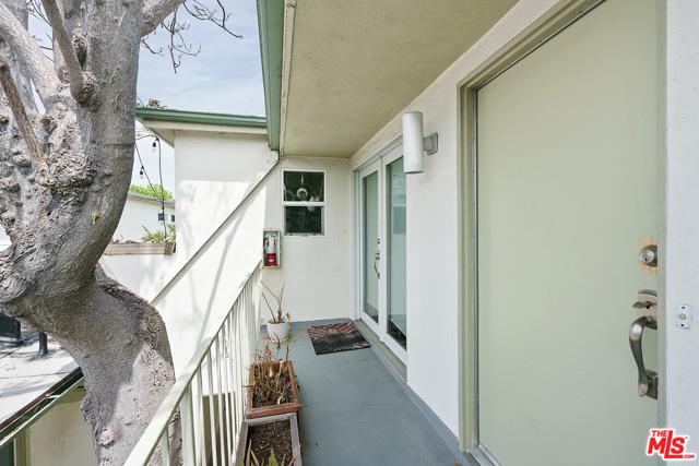 1445 Stanford St, Santa Monica, CA 90404 Photo 10