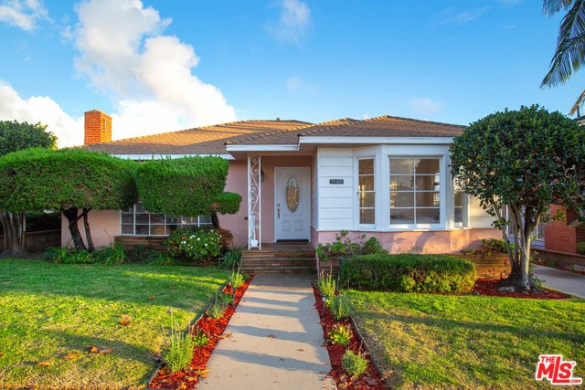 5916 FLORES Avenue, Los Angeles, CA 90056
