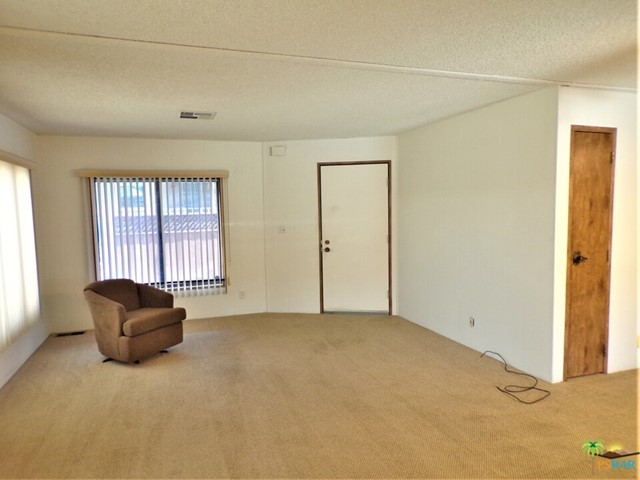 Large Living Room Wi Nor Facing Windows