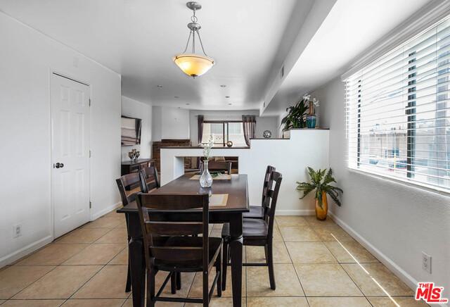 326 E VALENCIA Avenue H, Burbank, CA 91502