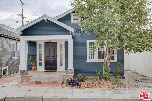 422 S BENTON Way, Los Angeles, CA 90057