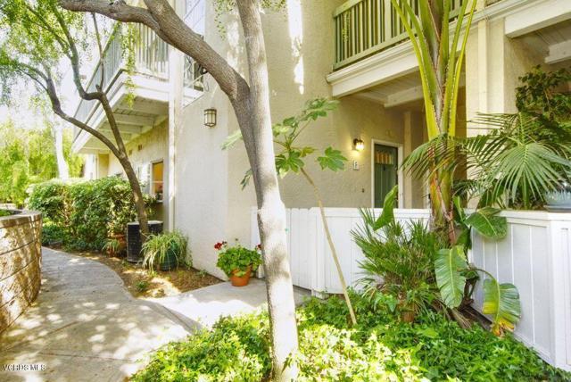 Photo of 5533 Spanish Oak Lane #F, Oak Park, CA 91377