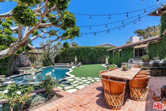 9. 453 Via Media Palos Verdes Estates, CA 90274