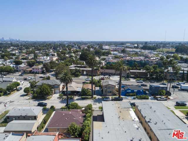 2906 S MANSFIELD Avenue, Los Angeles, CA 90016