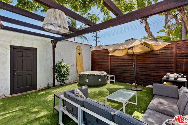 23. 603 N Martel Avenue Los Angeles, CA 90036