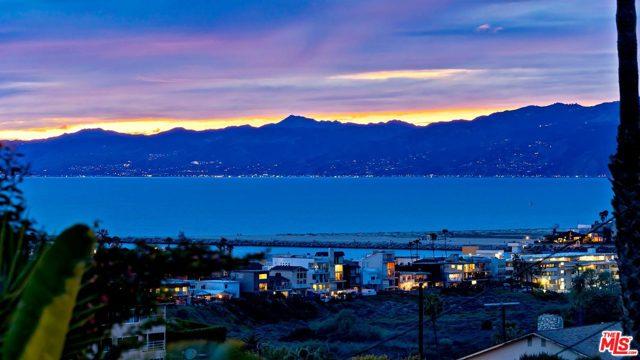 8235 DELGANY Avenue, Playa del Rey, CA 90293