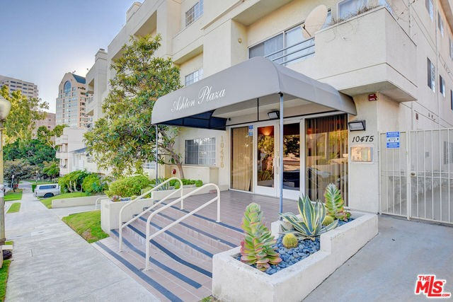 10475 ASHTON Avenue 102, Los Angeles, CA 90024