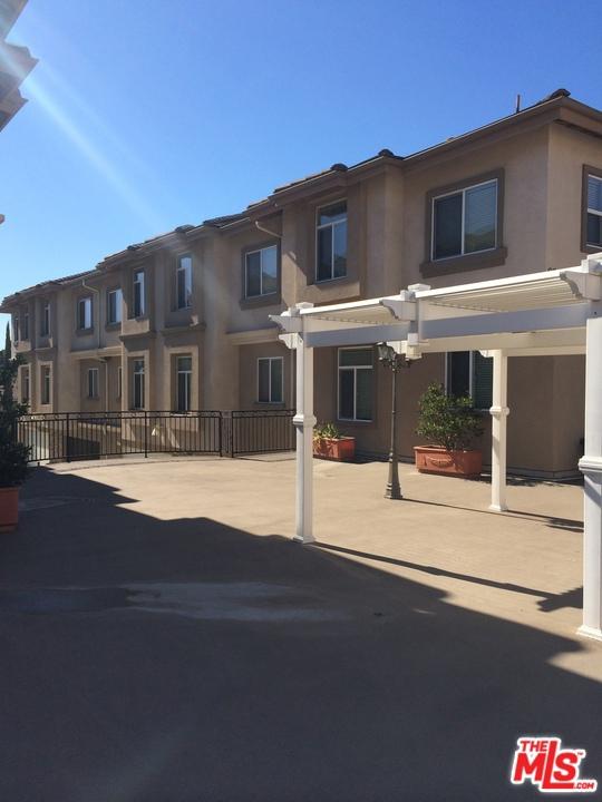 9258 Elm Vista Drive, Downey, California 90242, 3 Bedrooms Bedrooms, ,3 BathroomsBathrooms,Residential,For Sale,Elm Vista,20620162
