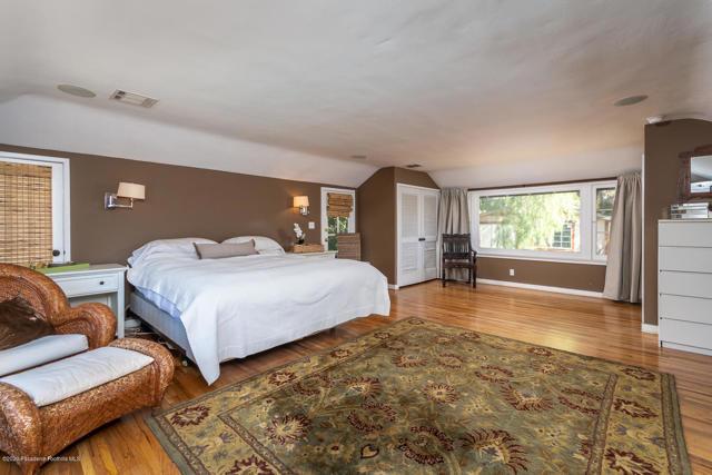 2329 Panorama Drive, La Crescenta, California 91214, 5 Bedrooms Bedrooms, ,1 BathroomBathrooms,Residential,For Sale,Panorama,820000579
