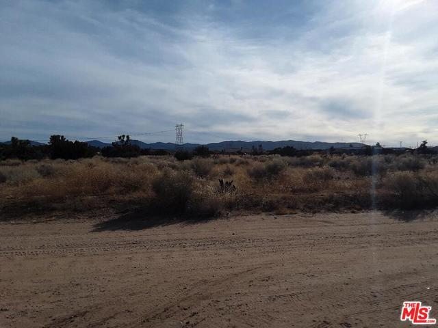 12786 Juniper Ln, Oak Hills, CA 92344 Photo 3