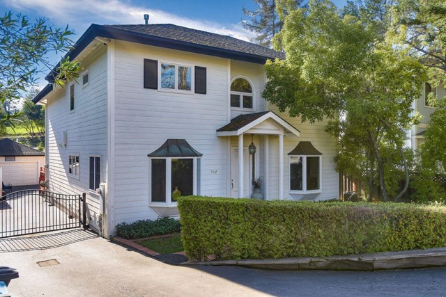 942 Wilmington Way, Redwood City, CA 94062