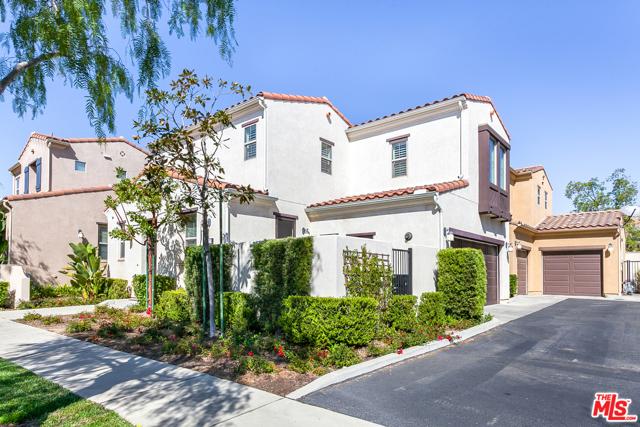 Photo of 20225 Pienza Lane, Northridge, CA 91326
