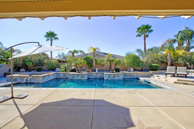 109 Brisa Drive, Palm Desert, CA 92211
