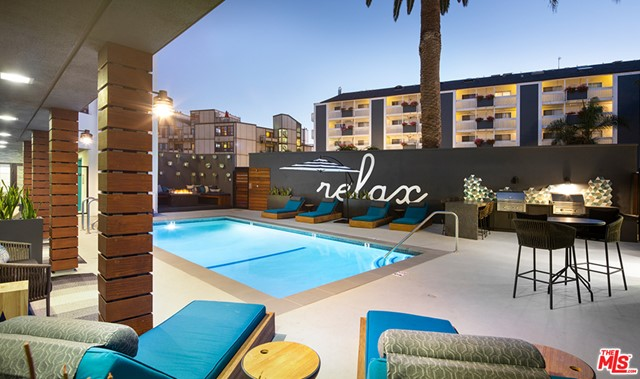 616 ESPLANADE 305, Redondo Beach, California 90277, 1 Bedroom Bedrooms, ,1 BathroomBathrooms,For Rent,ESPLANADE,20644446