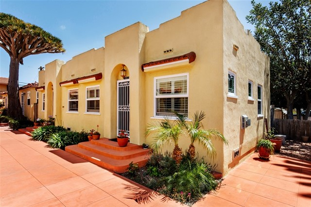 University Heights CHARM at its finest! RARE, casita-style bungalow renovated down to the studs with all new plumbing & electrical in 2008 overlooking quiet courtyard. Fully-remodeled kitchen, fireplace tile-work, cherry hardwood floors, arched entries, coved ceilings & more! With multiple windows in every room, this light & bright home exudes vintage 1920s aesthetics while showcasing modern finishes & updated conveniences. Condo includes generously-sized private (3.5' x 9') storage unit & nearby laundry. Neighborhoods: University Heights Complex Features: ,, Equipment:  Range/Oven Other Fees: 7 Sewer:  Sewer Connected Topography: LL