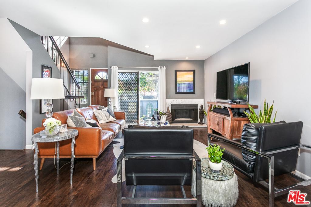 105   W Spring Street   D, Long Beach CA 90806