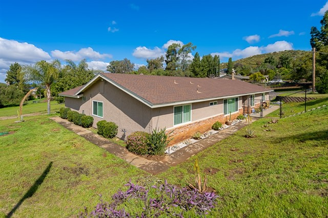 3158 Fair Oaks Ln, Spring Valley, CA 91978
