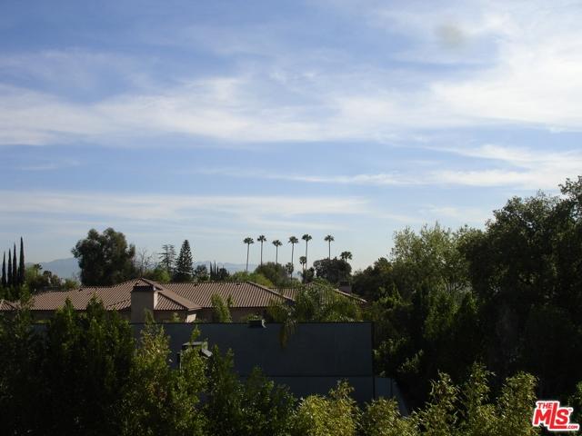 Photo of 5460 WHITE OAK Avenue #F307, Encino, CA 91316
