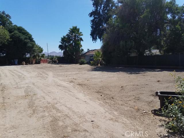 1069 Hope Street, San Bernardino, CA 92408