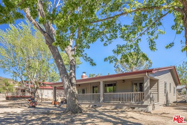 43717 Lake Hughes Rd, Lake Hughes, CA 93532 Photo