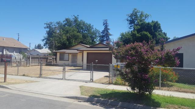 417 Beechwood Avenue, Fresno, CA 93650