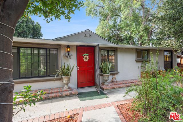 10855 Eldora Ave, Sunland, CA 91040