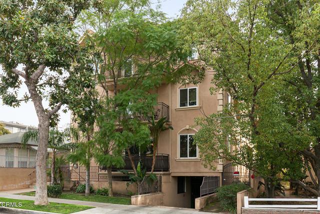 500 E Valencia Avenue 105, Burbank, CA 91501