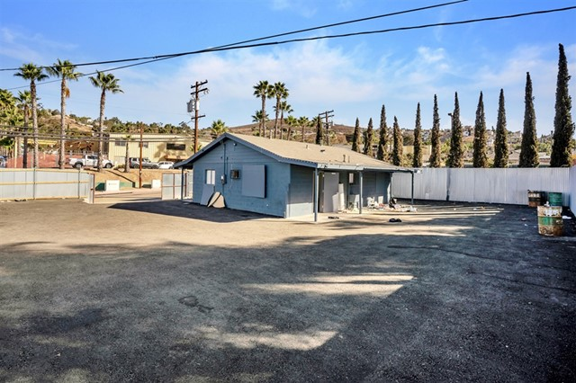9105 Harness St, Spring Valley, CA 91977