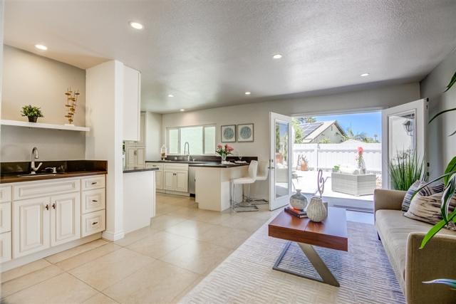 4494 Benhurst Ave, San Diego, CA 92122
