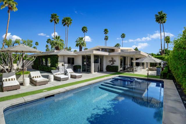 POOL AND SPA TO HOUSE ANGLED