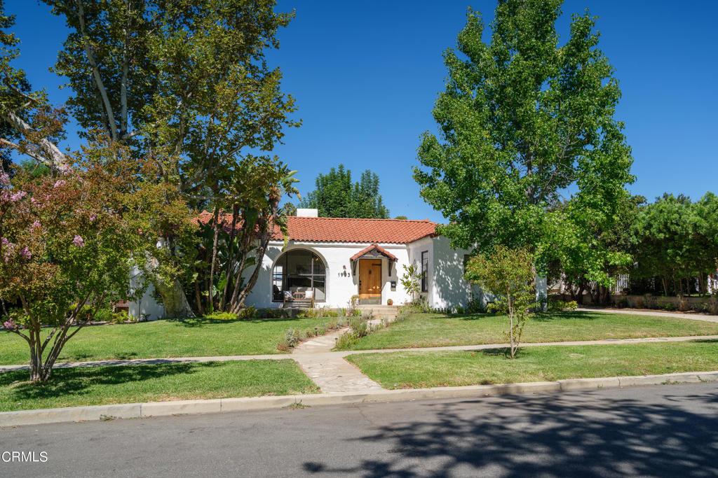 Photo of 1953 Craig Avenue, Altadena, CA 91001